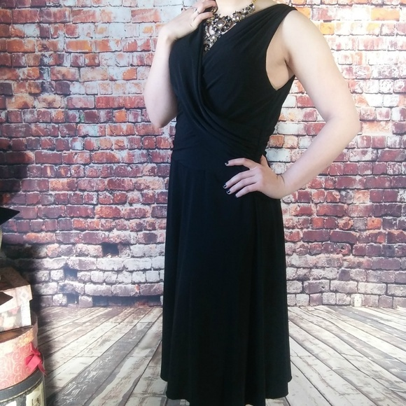 Rabbit Rabbit Rabbit Dresses & Skirts - SALE! Classic Chic V-Neck Little Black Dress